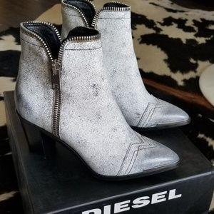 Diesel womens Earlhi Zip Fashion Boots 9